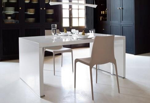 Cineline Dining Table