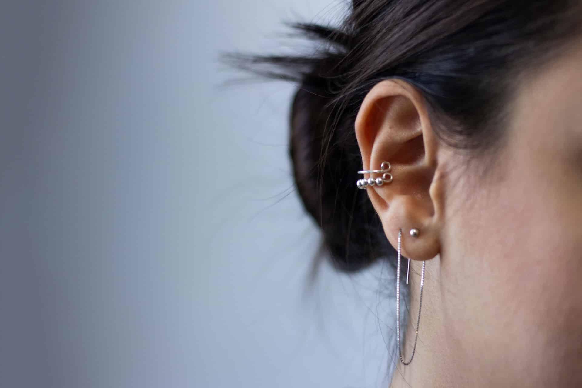 Woman wearing an ear cuff