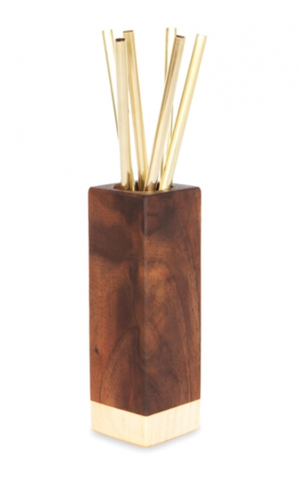 Cocktail straws in a wooden holder